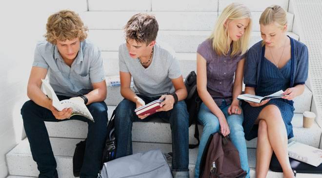 estudiantes_escaleras